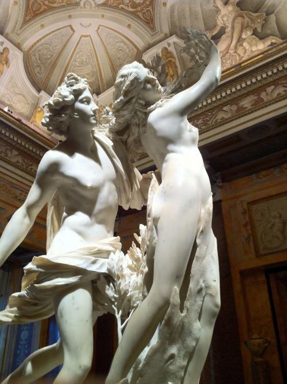 Apollo and Daphne - Bernini.jpg